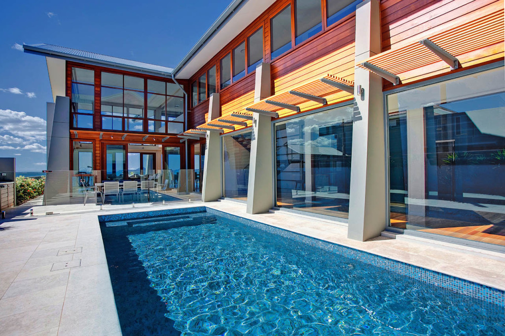 Swimming pool melbourne gallery swimmore pool builders for Quality pool design